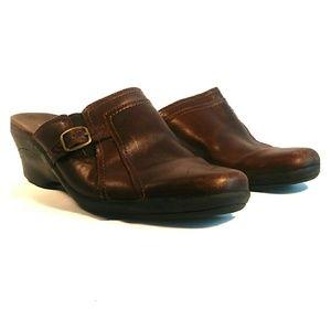 Clarks slip on shoe women size us 8.5